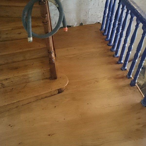 r novation escalier r novation parquets et escaliers. Black Bedroom Furniture Sets. Home Design Ideas