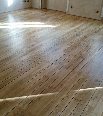 Rénovation parquet châtaignier avec moquette