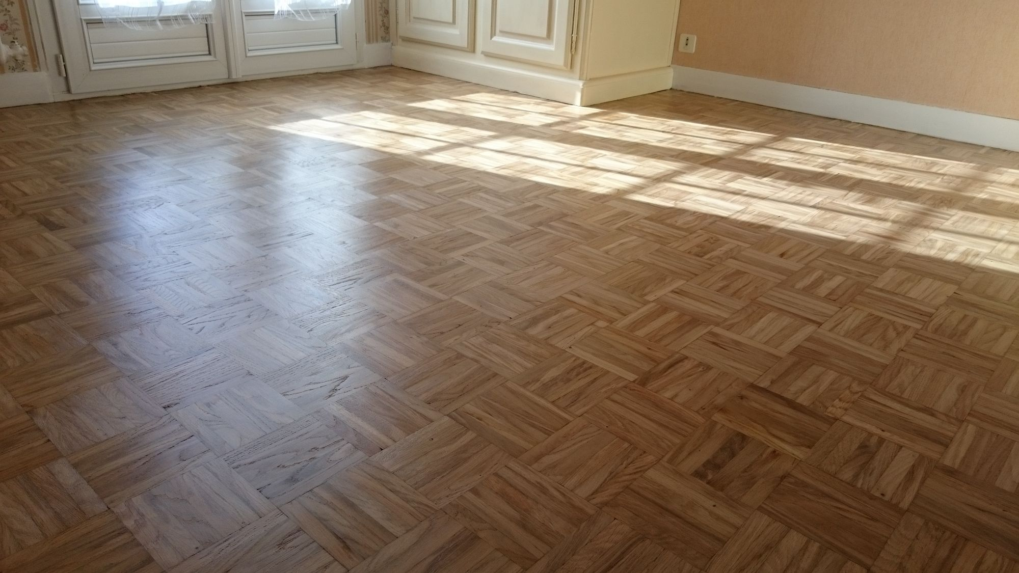 renover parquet sans poncer perfect img img with renover. Black Bedroom Furniture Sets. Home Design Ideas