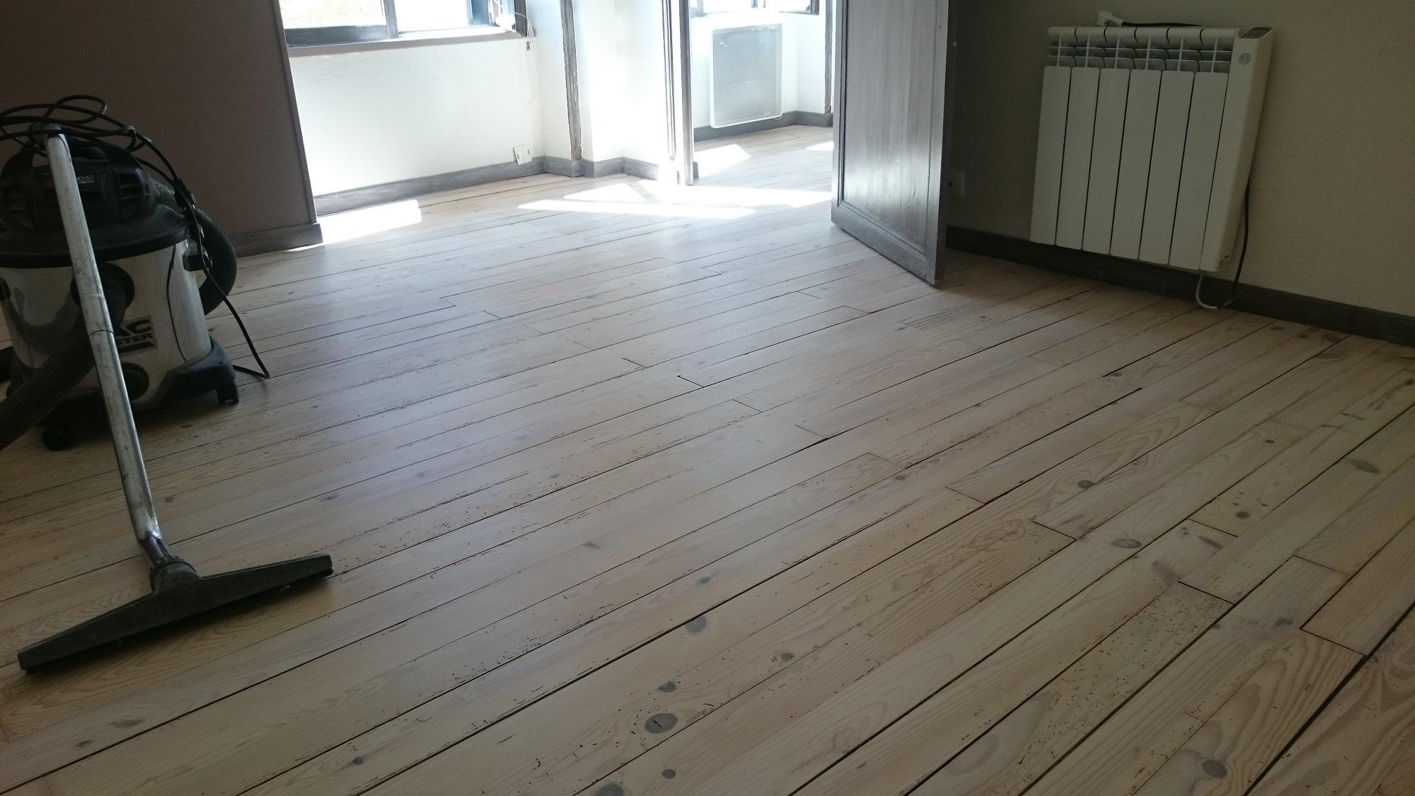 Accueil r novation parquets et escaliers - Parquet blanc ceruse ...