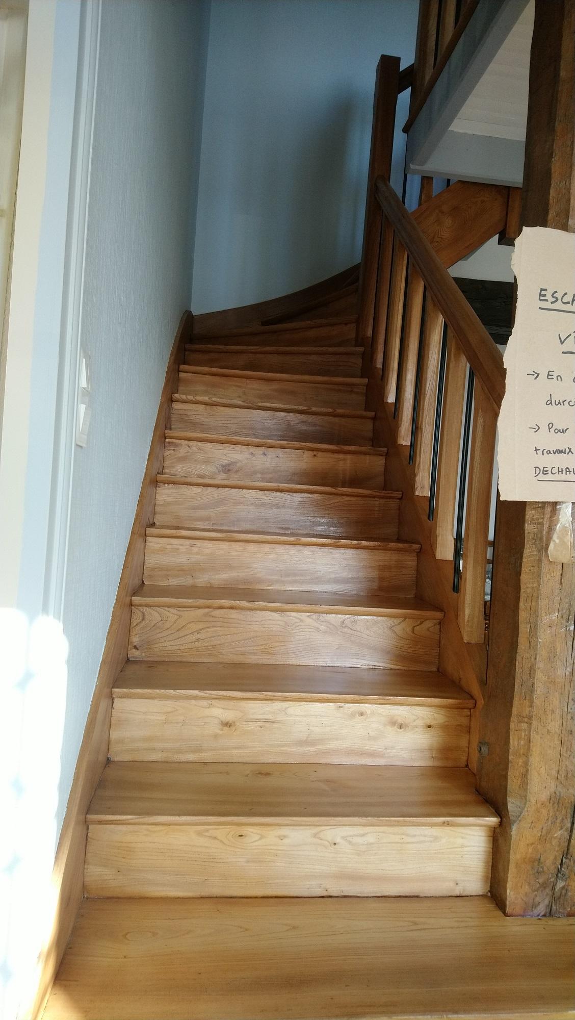 Poncage Escalier En Bois accueil - rénovation parquets et escaliers